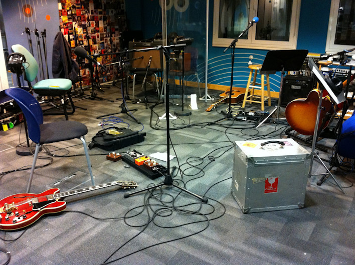 Live: 6 Music session